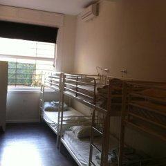 360 Hostel Barcelona Кровать в общем номере с двухъярусной кроватью фото 2