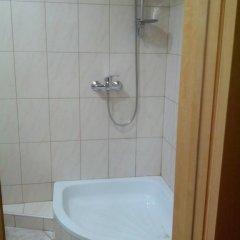 Гостиница near sea в Алуште отзывы, цены и фото номеров - забронировать гостиницу near sea онлайн Алушта ванная
