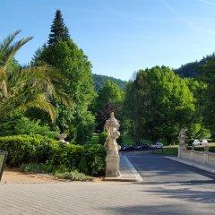 Отель Holiday Apartment Чехия, Карловы Вары - отзывы, цены и фото номеров - забронировать отель Holiday Apartment онлайн парковка