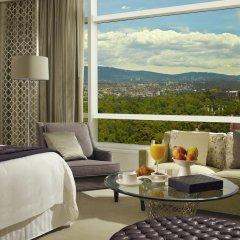 Отель The St. Regis Mexico City 5* Номер Делюкс с двуспальной кроватью