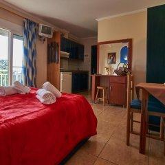 Отель Sakis комната для гостей фото 2