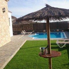 Отель Villa El Valle Испания, Пахара - отзывы, цены и фото номеров - забронировать отель Villa El Valle онлайн бассейн фото 3