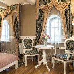 Historical Hotel Fortetsya Hetmana 4* Люкс с различными типами кроватей фото 11