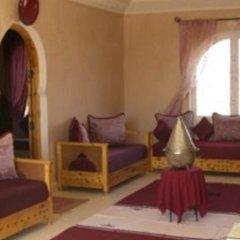 Отель Dar Loubna Марокко, Уарзазат - отзывы, цены и фото номеров - забронировать отель Dar Loubna онлайн комната для гостей фото 2