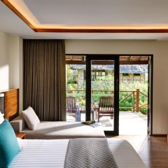 Отель Phi Phi Island Village Beach Resort 4* Улучшенное бунгало с различными типами кроватей фото 2