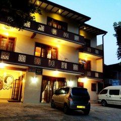 Отель Kandy Paradise Resort парковка