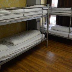 St Christophers Inn Hostel at The Bauhaus Кровать в общем номере с двухъярусной кроватью фото 7