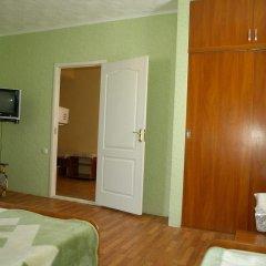 Гостиница Guest House Chaika в Анапе отзывы, цены и фото номеров - забронировать гостиницу Guest House Chaika онлайн Анапа удобства в номере фото 3