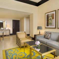 Отель The Ritz-Carlton Abu Dhabi, Grand Canal 5* Люкс с различными типами кроватей фото 12