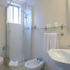 Отель NeoMagna Madrid 2* Улучшенный номер с различными типами кроватей фото 12