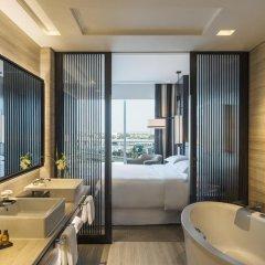 Sheraton Grand Hotel, Dubai 5* Люкс повышенной комфортности с различными типами кроватей фото 5