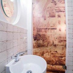 Отель Little Home - Empire Польша, Варшава - отзывы, цены и фото номеров - забронировать отель Little Home - Empire онлайн ванная фото 2