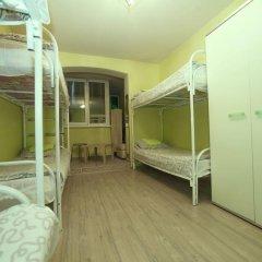 Hostel na Preobrazhenke Tut Zhivut Кровать в женском общем номере с двухъярусной кроватью фото 5