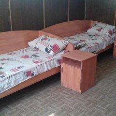 Hostel Mnogoborets F. Klub Кровать в общем номере фото 17