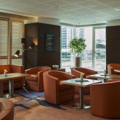 Отель Four Points by Sheraton Sheikh Zayed Road, Dubai Полулюкс с различными типами кроватей фото 9