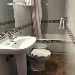 Отель Hostal Playa ванная фото 2