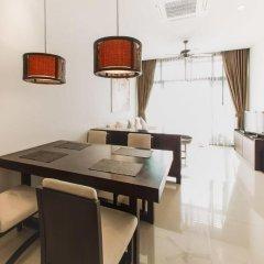 Отель Villa Amiria by TropicLook: Onyx Style Nai Harn Beach питание