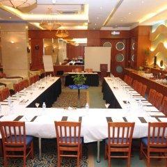 Отель Lavender Hotel Sharjah ОАЭ, Шарджа - отзывы, цены и фото номеров - забронировать отель Lavender Hotel Sharjah онлайн питание фото 2