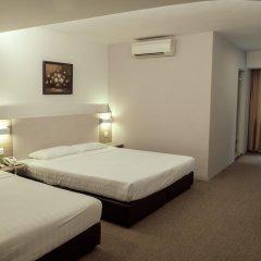VIP Hotel 2* Улучшенный номер с двуспальной кроватью фото 2