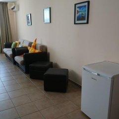 Отель Breeze Apartments Болгария, Солнечный берег - отзывы, цены и фото номеров - забронировать отель Breeze Apartments онлайн удобства в номере