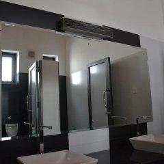 Отель Yoho River Side Inn ванная
