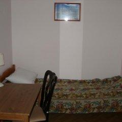 Томас Хостел Стандартный номер с двуспальной кроватью (общая ванная комната) фото 4