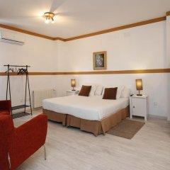 Отель Escala Suites комната для гостей фото 5