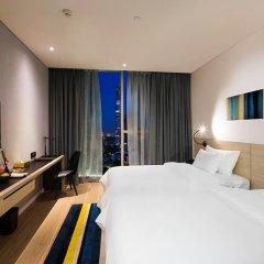 Отель Liberty Central Saigon Citypoint 4* Номер Делюкс с различными типами кроватей фото 4