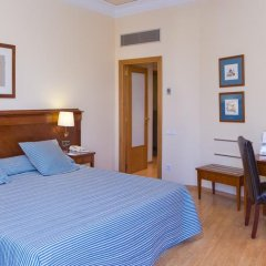 Отель Melia Plaza Valencia 4* Улучшенный номер с различными типами кроватей фото 3