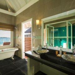 Отель Sun Aqua Vilu Reef 5* Вилла с различными типами кроватей фото 6
