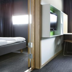 Comfort Hotel RunWay 3* Стандартный семейный номер с двуспальной кроватью