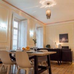 Отель Traveling To Lisbon Chiado Apartments Португалия, Лиссабон - отзывы, цены и фото номеров - забронировать отель Traveling To Lisbon Chiado Apartments онлайн питание фото 2