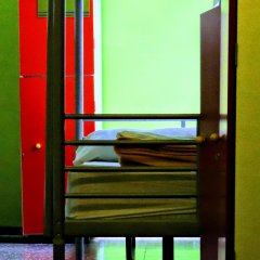 Yellow Nest Hostel Barcelona Кровать в общем номере с двухъярусной кроватью фото 8