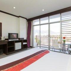Отель Patong Buri 3* Улучшенный номер с различными типами кроватей фото 4