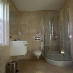 Отель Floriande Bed & Breakfast Нидерланды, Хофддорп - отзывы, цены и фото номеров - забронировать отель Floriande Bed & Breakfast онлайн ванная фото 2