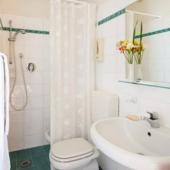 Hotel Fiorita 2* Номер категории Эконом с различными типами кроватей фото 10