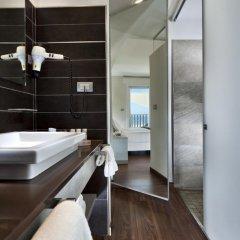 Yes Hotel Touring 4* Улучшенный номер с двуспальной кроватью фото 4
