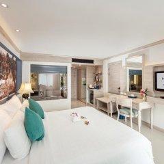 Отель Novotel Phuket Resort 4* Номер Делюкс с двуспальной кроватью
