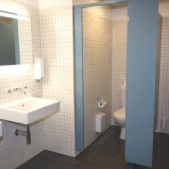 Отель Primestay Apartmenthaus Zurich Seebach Швейцария, Цюрих - отзывы, цены и фото номеров - забронировать отель Primestay Apartmenthaus Zurich Seebach онлайн ванная фото 2