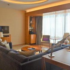 Four Seasons Hotel Mumbai 5* Улучшенный номер с различными типами кроватей фото 6