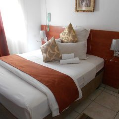 Отель Broadhurst Inn Габороне комната для гостей фото 5