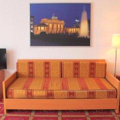Отель Kaiser Германия, Берлин - отзывы, цены и фото номеров - забронировать отель Kaiser онлайн комната для гостей фото 4