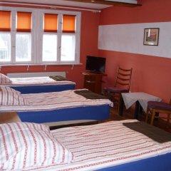 Отель Pokoje Goscinne Irene Номер с общей ванной комнатой с различными типами кроватей (общая ванная комната) фото 8