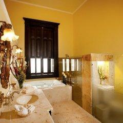 Отель Casa Azul Monumento Historico 4* Люкс повышенной комфортности с различными типами кроватей фото 2