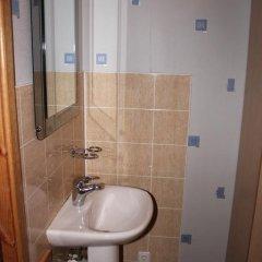 Гостиница У Фонтана Стандартный номер с 2 отдельными кроватями фото 2