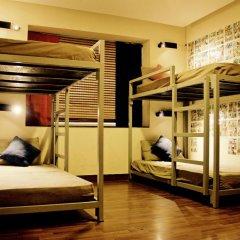 goStops Delhi (Stops Hostel Delhi) Кровать в общем номере с двухъярусной кроватью фото 16