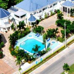 Отель Holiday Haven Ямайка, Ранавей-Бей - отзывы, цены и фото номеров - забронировать отель Holiday Haven онлайн бассейн
