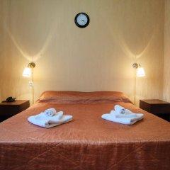Гостиница Континент 2* Стандартный номер с двуспальной кроватью фото 3