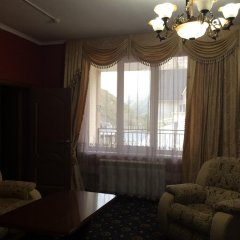 Гостиница Эльбрусия комната для гостей фото 3