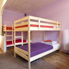Хостел Высшая Лига Кровать в общем номере с двухъярусной кроватью фото 7